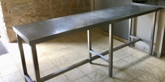 Table inox.jpg