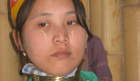 Femme birmane Journée Femme 2021.jpg